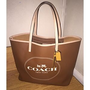 Coach Metro Horse Carriage Leather Tote Bag